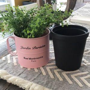 (2) flower pots - Jardin Parisien & matte black 